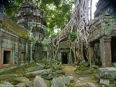 Angkor Wat / Cambodia. The largest Hindu temple complex in the world. By Robert Clark.