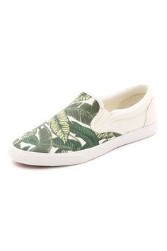 What To Buy At Shopbop For $100 Or Less #refinery29  http://www.refinery29.com/shopbop-under-100-dollars#slide-18  Bring the tropics to you with some thematic palm prints.