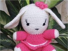 Örgü Oyuncak Sevimli Tavşan Yapımı Knitted Poncho, Knitted Shawls, Knit Shoes, Sweater Design, Knitting Socks, Hand Embroidery, Maya, Knit Crochet, Hello Kitty