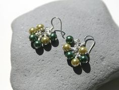 Green Glass Pearl Cluster Earrings by creationsbycandice