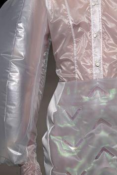 Graduation collection, inflatable blouse and skirt / Marieke van Geffen Conceptual Fashion, Conceptual Design, Death Breath, Raincoat Jacket, Blouse And Skirt, Leather Pants, Rain Cape, Suits, Fabric