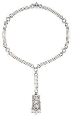 A pearl, diamond, and platinum necklace. Art Deco Necklace, Art Deco Jewelry, Vintage Jewelry, Fine Jewelry, Jewelry Design, Pearl Jewelry, Women Jewelry, Pink Diamond Engagement Ring, Gold Diamond Wedding Band