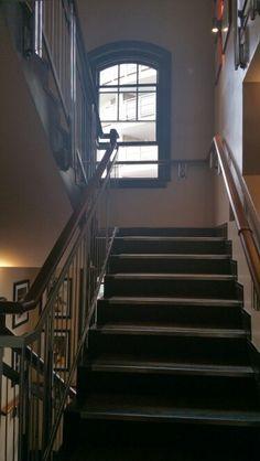 Balcony room stairwell