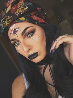 Fortune teller Halloween makeup - Halloween kostüm Wahrsagerin - New Ideas Halloween Fortune Teller Costume, Costume Halloween, Scary Halloween, Halloween 2019, Spooky Scary, Halloween Outfits, Makeup Clown, Witch Makeup, Spider Makeup