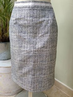 80bc43f025 Stunning BODEN Ivory Grey Silver metallic pencil skirt size 12R BNWOT   fashion  clothing