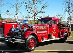 ◆Freeport, NY FD Engine 4 ~ Ahrens-Fox 1000 GPM Pumper◆