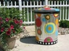 New Dog Food Storage Containers Ideas Trash Bins 64 Ideas Dog Food Storage, Diy Kitchen Storage, Food Storage Containers, Diy Storage, Smart Storage, Pool Storage, Painted Trash Cans, Colegio Ideas, Best Dry Dog Food