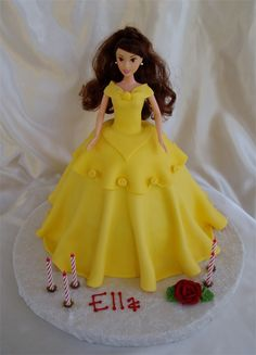 good solution for candles. Belle cake for a girl on her birthday. Greatly inspired by a beutiful Belle cake made by alanahodgson. Princess Belle Cake, Pink Princess Cakes, Princess Tea Party, Birthday Cake Girls, 5th Birthday, Birthday Cakes, Barbie Cake, Barbie Dress, Barbie Doll