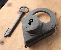 688 Best Old Locks And Keys Images In 2019 Door Knob