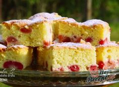 Our favorite cherry pie Souffle Recipes, Pie Tops, Czech Recipes, Cherry Recipes, Sauerkraut, Vanilla Cake, Cheesecake, Food And Drink, Easy Meals