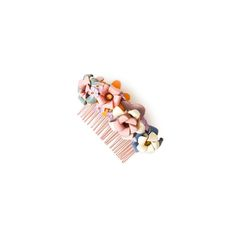 Flowercomb Peanut  99.00 Flowercomb »PEANUT« is a handmade design-piece, made out of Marina Hoermanseder original leather-flowers and vintage artificial flowers. Flower Band, Flower Crown, Marina Hoermanseder, Leather Flowers, Handmade Design, Artificial Flowers, Making Out, Stud Earrings, Vintage