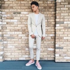 Its premiere time. Suit by Shoes by Styled by Connor Maynard, Jack And Conor Maynard, My Boys, Cute Boys, Liza Koshy And David Dobrik, Buttercream Squad, Joe Sugg, Captain America Civil War, 1d And 5sos