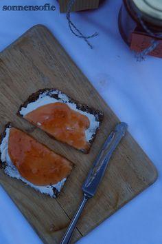 Pfirsisch-Maracuja-Marmelade -- Sommergefühle für den Winter