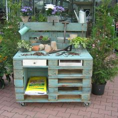 50 Inspirational DIY Projects - Diy Project - Katie, Category garden projects projects projects for kids projects for schools projects ideas projects uk projects with pallets projects with wood Pallet Shed, Pallets Garden, Wood Pallets, Euro Pallets, Backyard Projects, Outdoor Projects, Garden Projects, Project Projects, Palet Garden Furniture