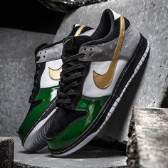 Nike Japan and mita sneakers are celebrating 35 years of the Air Force 1 by hitting the Dunk with the colours of a long-lost sample from 2004. #sneakerfreaker #snkrfrkr #nike #dunk #mitasneakers #airforce1 #af1  via SNEAKER FREAKER MAGAZINE OFFICIAL INSTAGRAM - Fashion  Advertising  Culture  Beauty  Editorial Photography  Magazine Covers  Supermodels  Runway Models