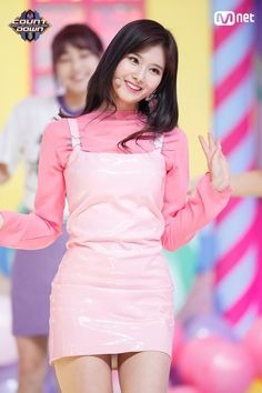 Sana-Twice 180412 Mnet MCountdown Kpop Girl Groups, Korean Girl Groups, Kpop Girls, Stage Outfits, Kpop Outfits, Nayeon, Kpop Fashion, Korean Fashion, Japanese Fashion