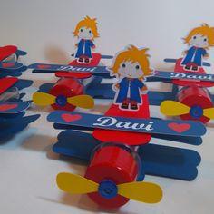 Tubetes Avião Pequeno Príncipe, linda opção para deixar sua festa mais linda. Embalagem vazia