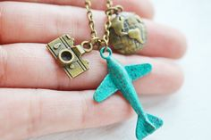 airplane necklace aviation aeroplane necklace globetrotter