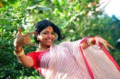 http://photographers.canvera.com/east/west-bengal/kolkata/imageography
