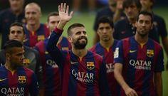 Gerard Piqué saludo a todo el Camp Nou. August 18, 2014.