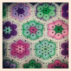Crochet african flower afghan