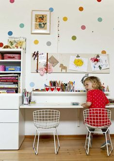 Designer Lorena Siminovich crafts a playful home Matilda Kerner, daughter of designer Lorena Siminovich, works on her own craft projects in her playroom. Photo: Russell Yip, The Chronicle Kids Art Space, Craft Space, Kids Art Area, Craft Desk, Kids Workspace, Study Nook, Study Space, Study Room For Kids, Study Areas