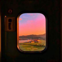 Aesthetic landscape city sky travel around the world nature vacation ideas sunset sunrise pink sky view wallpaper Sky Aesthetic, Aesthetic Photo, Aesthetic Pictures, Travel Aesthetic, Aesthetic Vintage, Pretty Sky, Pretty Pictures, Aesthetic Wallpapers, Scenery