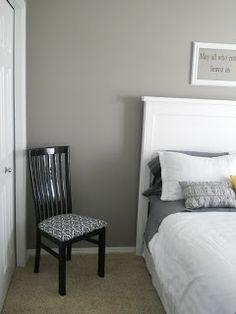 Graue Wohnzimmer, Graue Räume, Wohnzimmer Ideen, Malerei Schlafzimmer,  Streichtipps, Wandfarben, Gästezimmer, Hauptschlafzimmer, Schlafzimmer