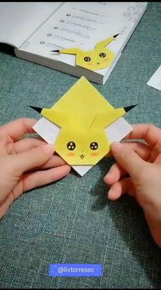 Cool Paper Crafts, Paper Crafts Origami, Diy Crafts Hacks, Diy Crafts For Gifts, Diy Home Crafts, Creative Crafts, Fun Crafts, Diy Paper, Instruções Origami