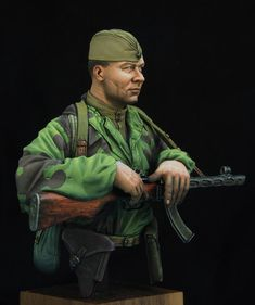 Soviet RKKA Scout & Painting: Kirill KanaevProduct range: Allies & Axis - Military figuresNumber of pieces: ?Requires basic modelling skills for assemblage. Soviet Army, Red Army, Cool Paintings, Master Class, Miniatures, Military, Scale Models, Ww2, Projects