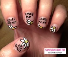 nail art *personally, I'd make it where 'loves me not' is on the middle finger* ; Love Nails, How To Do Nails, Pretty Nails, Fun Nails, Diy Ongles, Arte Fashion, Daisy Nails, Finger, Creative Nails
