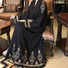 Be seamlessly elegant in the Abaya Farida by Asta Creations. Shop this now via link in bio.