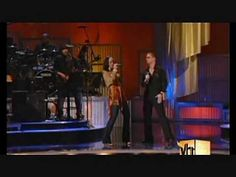 """Rob Thomas & Alicia Keys  2005 Vh-1 Save The Music Performance: """"Use Me"""" (A Bill Withers' cover)"""