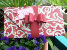 Verpackung für eine Tafel Schokolade 21,4 cm x 21,4 cm Punch bei 6,9 cm und 8,6 cm
