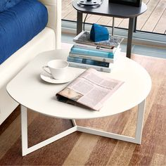 Modern contemporary design round coffee or side table Fruit by Orme available in various colours Contemporary Furniture, Modern Contemporary, Italian Furniture, Furniture Making, Furniture Design, Tables, Table Lamp, Living Room, Fruit
