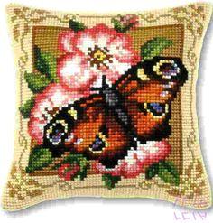 Cat Cross Stitches, Cross Stitch Embroidery, Cross Stitch Patterns, Cross Stitch Cushion, Cross Stitch Flowers, Canvas, Beading Patterns, Pixel Art, Needlepoint
