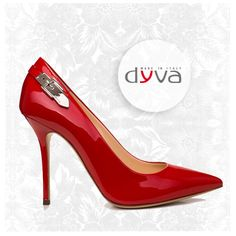 Tacco alto rosso fuoco, sempre sexy e seducenti con Dyva! #rosso #scarpedyva #stileitaliano  ***  RED HIGH HEELS BY DYVA: AND YOU'RE ON FIRE #redshoes #dyvashoes #italianstyle