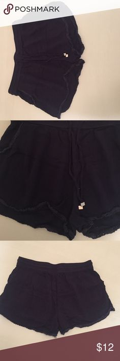 Dark blue flowey shorts Casual dark blue flower shorts! Very comfy! Perfect for any occasion Shorts