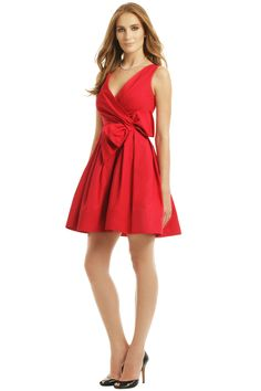 Red is a traditional, elegant color. little red dresses can be worn to everyday events, for a fun touch at work, a romantic feel at a picnic, a funky party dress, to special occasions, and more. However, when choosing which little red dresses to wear, problems may occur. One might not look good on you. Or you might not feel comfortable in your dress.
