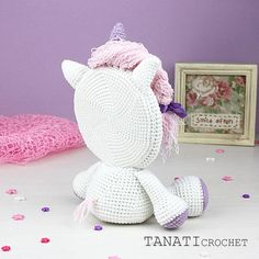 This is a crochet pattern (PDF file) NOT a finished Photo Frame you see on the photos! Amigurumi Doll, Amigurumi Patterns, Crochet Patterns, Gato Crochet, Crochet Dolls, Mini Photo Frames, Crochet Wall Art, Holiday Crochet, Sport Weight Yarn