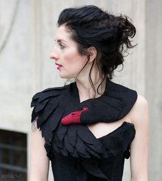 Black Swan animaux écharpe en laine feutrée a volé / par celapiu