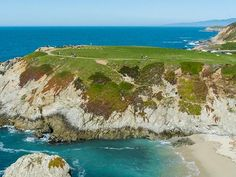 Jutting out into the Pacific Ocean, the small rocky peninsula known as Bodega Head offers stunning bluff top vistas, enticing trails, beach access, and abundant wildlife viewing, from seabirds to seal