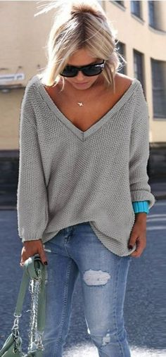 summer outfits Grey V-neck Knit + Ripped Skinny Jeans
