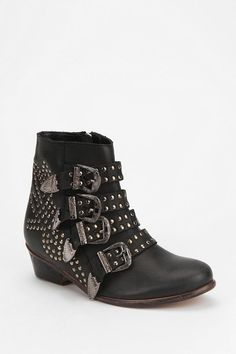 Ecote Kylie Stud Buckle Boot. These boots are wonderful. They have a dark cowboy character to them that I love and are also equipped with spur sound effects. (Acquired)