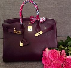 Beautiful Birkin bag.