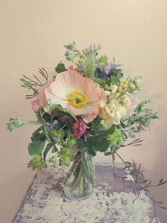 La Fleur Vintage: Spring Bridesmaids Bouquets