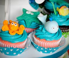 Under the Sea theme first birthday party cake and cupcakes for Swayde! Digging in! First Birthday Parties, First Birthdays, Birthday Ideas, Pool Party Themes, Party Ideas, Under The Sea Theme, My Baby Girl, Party Cakes, Cupcake Cakes