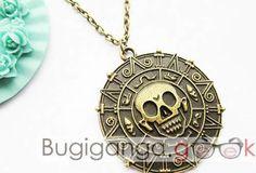 Colar medalhão Piratas do Caribe - R$15,00