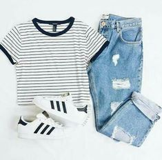 Cute outfit for tweens #teenageoutfits