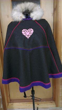 ULLAPRODUKTER : Stina luhkka Samara, Cheer Skirts, Scarves, My Favorite Things, Sweatshirts, Sweaters, Fashion, Ponchos, Scarfs